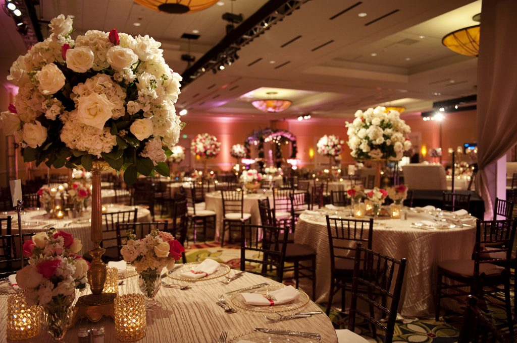 Venue: Woodlands Marriott Decor: Events in Bloom Photo: J. Cogliandro